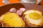 Tostada con aceite